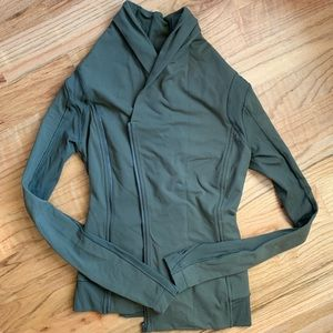 Lululemon wrap jacket sage